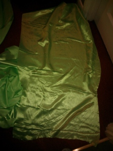 The making of a Tinkerbell dress