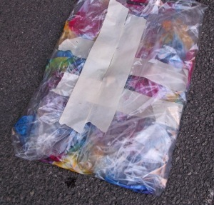 Once you have dyed the shirt, place it in a sealable bag.
