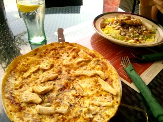 BBQ Chicken Pizza and Chicken and Bacon Salad, Frankie and Benny's