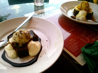 Brownie Desert, and Banoffee Brownie Desert, Frankie and Benny's
