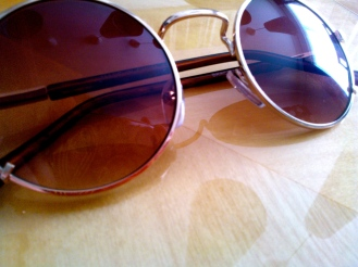 Sunglasses, 2 for £10 Bank or £10 each?